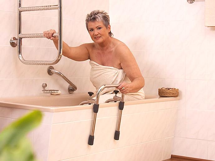 Baignoire Senior Handicape Pmr A La Baule Guerande St Nazaire