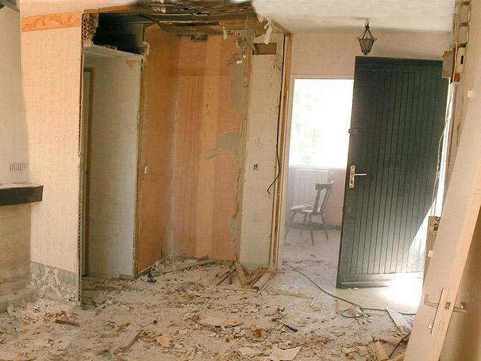 d molition cloisons mur la baule et gu rande r. Black Bedroom Furniture Sets. Home Design Ideas