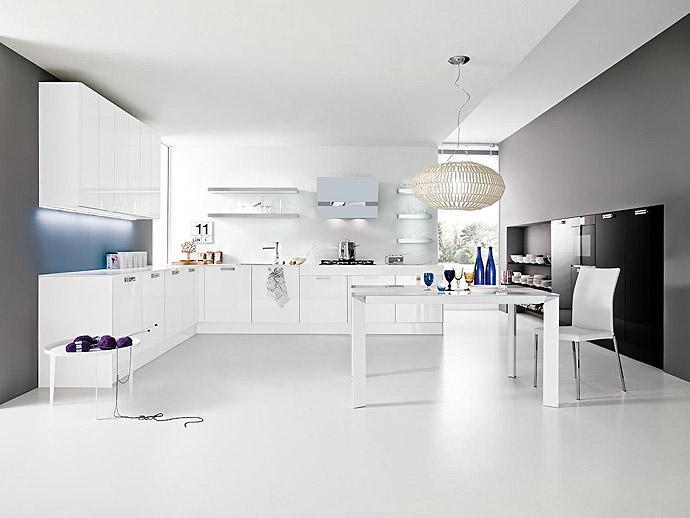 AEF Rénovation, cuisiniste et menuisier, assure la pose et l'installation de votre cuisine sur-mesure.
