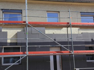 Confiez l'isolation extérieure ITE de votre façade à AEF Rénovation, artisan peintre en Presqu'île Guérandaise.