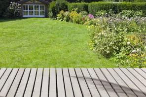 Faîtes poser votre terrasse bois par AEF Rénovation, artisan menuisier en Presqu'île guérandaise.