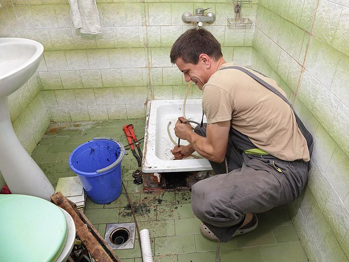 Confiez la rénovation complète de votre salle de bain sur-mesure à AEF Rénovation sur la Presqu'île guérandaise.